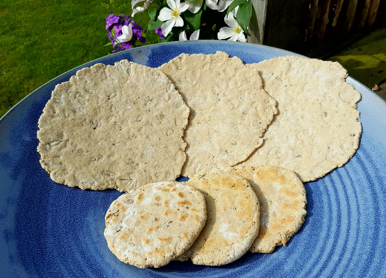 Tunnbröd eller Stekpannebröd med havremjöl